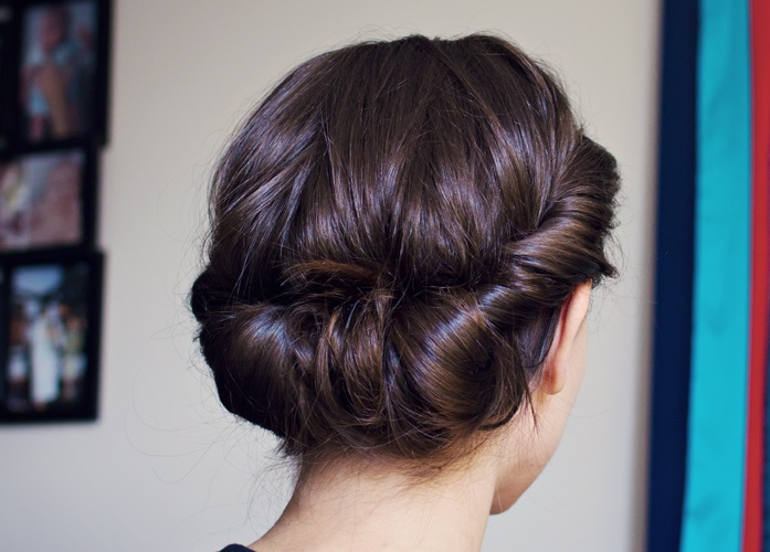 Long Hair Updo Styles: Friday Favorite: Regency-esque Hairstyle